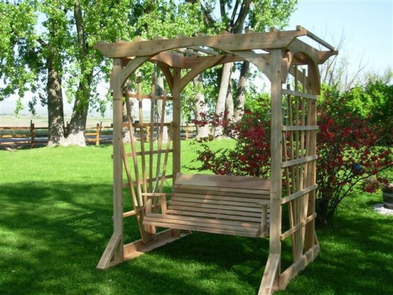 arbor-with-swing