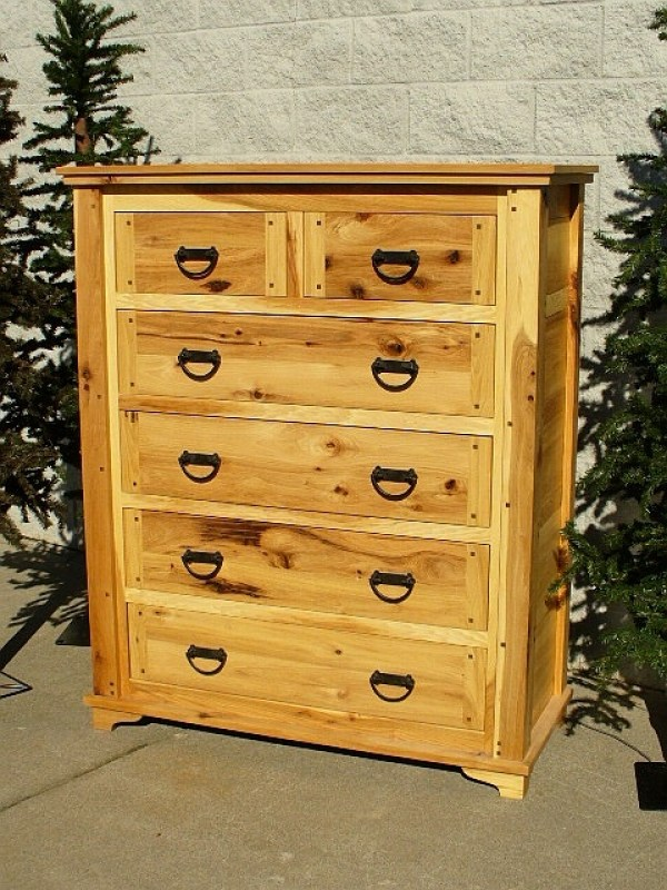 hickory-chest