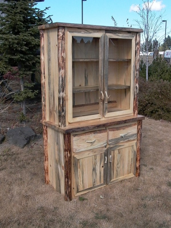 tombstone-hutch