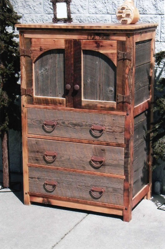 barnwood-gentlemens-chest