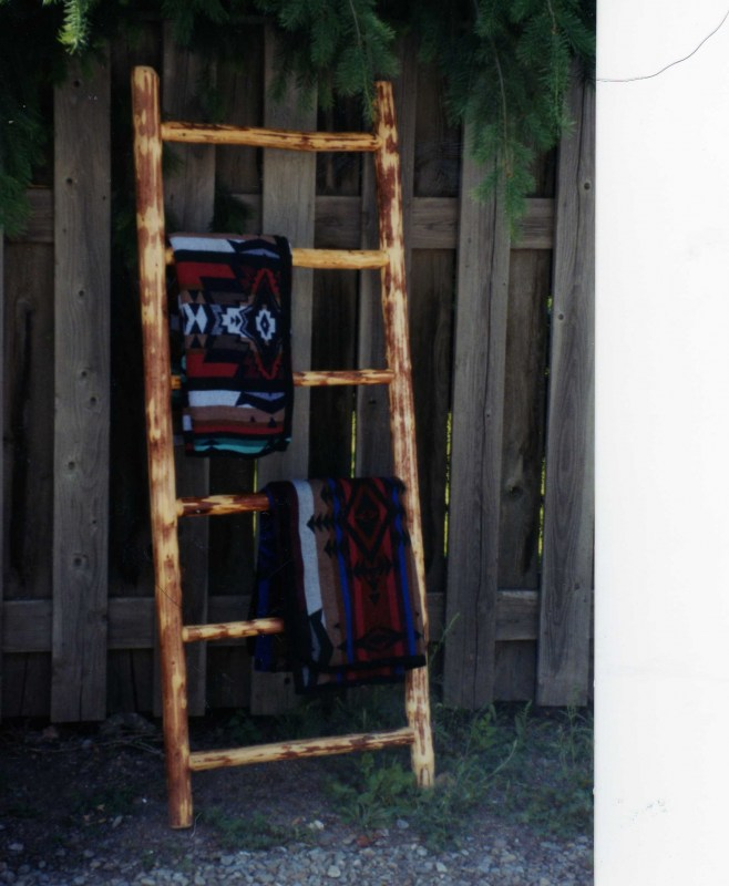 blanket-ladder-pg-32